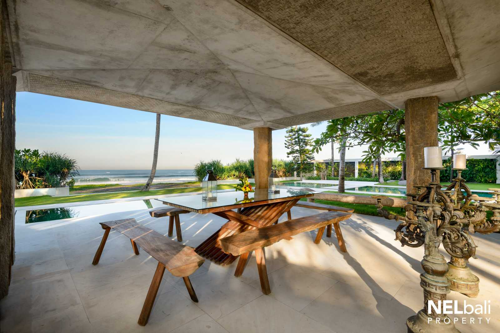 Meticulous Stunning Design, Sunset Beachfront