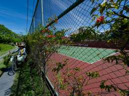 1130_Private tennis court